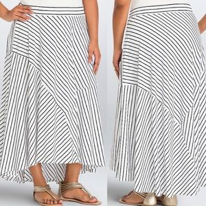 Torrid   Black & White Striped High-Low Maxi Skirt
